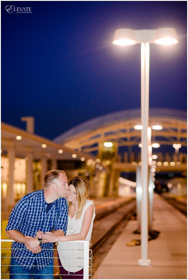 downtown-denver-engagement-photos_0017