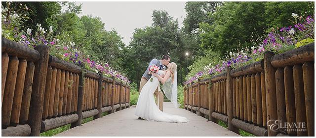 Denver Botanic Gardens at Chatfield Wedding Photos_0033