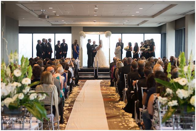 Grand_Hyatt_Pinnacle_Club_Wedding_Photos_033