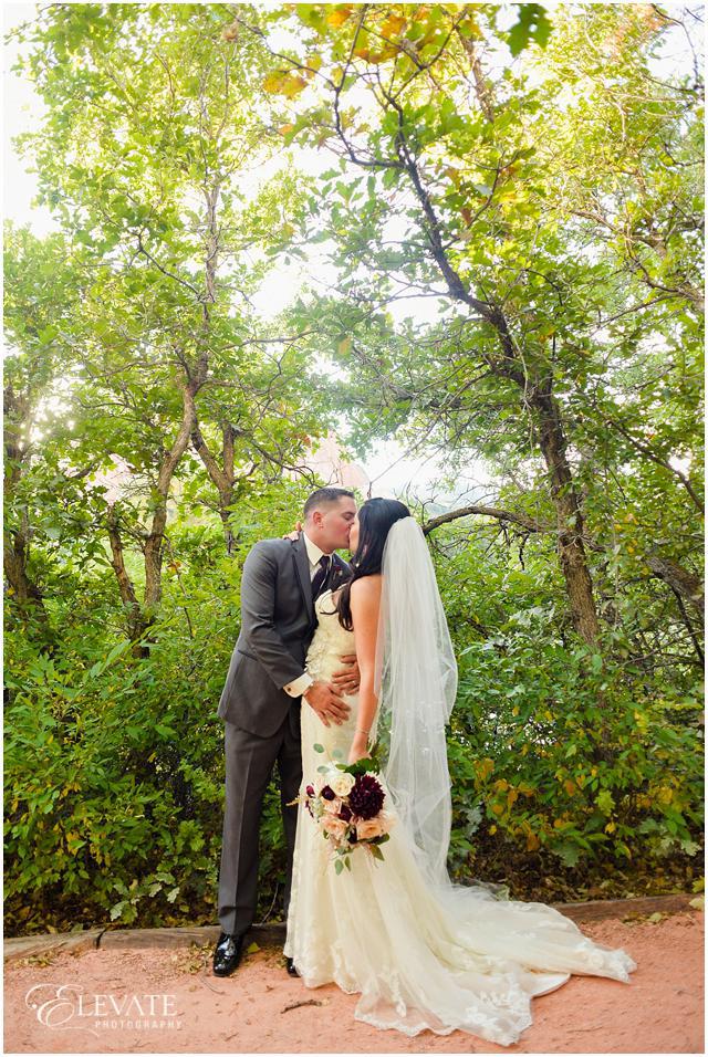 Arrowhead_Golf_Club_Wedding_Photos_024
