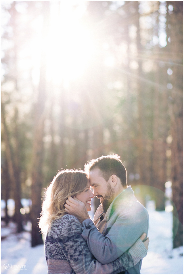 evergreen-colorado-winter-engagement-photos_0005