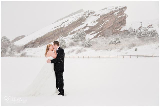 red-rocks-amphitheater-wedding-photos-12
