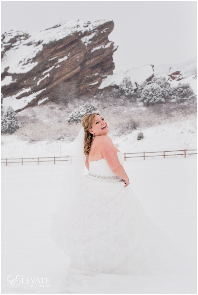 red-rocks-amphitheater-wedding-photos-23