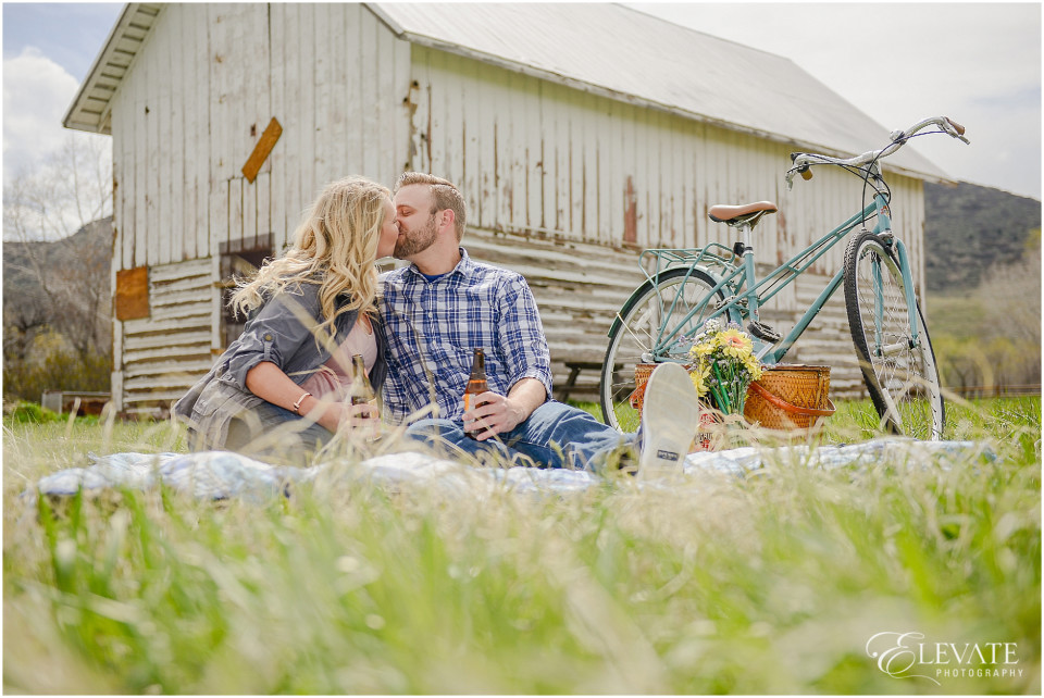 Vintage Themed Engagement Photos_0003