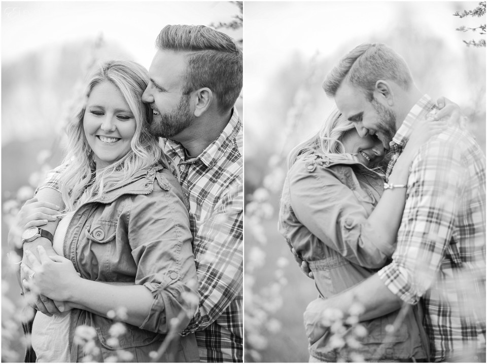 Vintage Themed Engagement Photos_0009