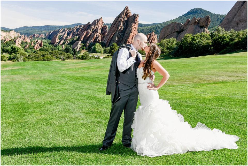 Arrowhead Golf Course Wedding Photos_0017