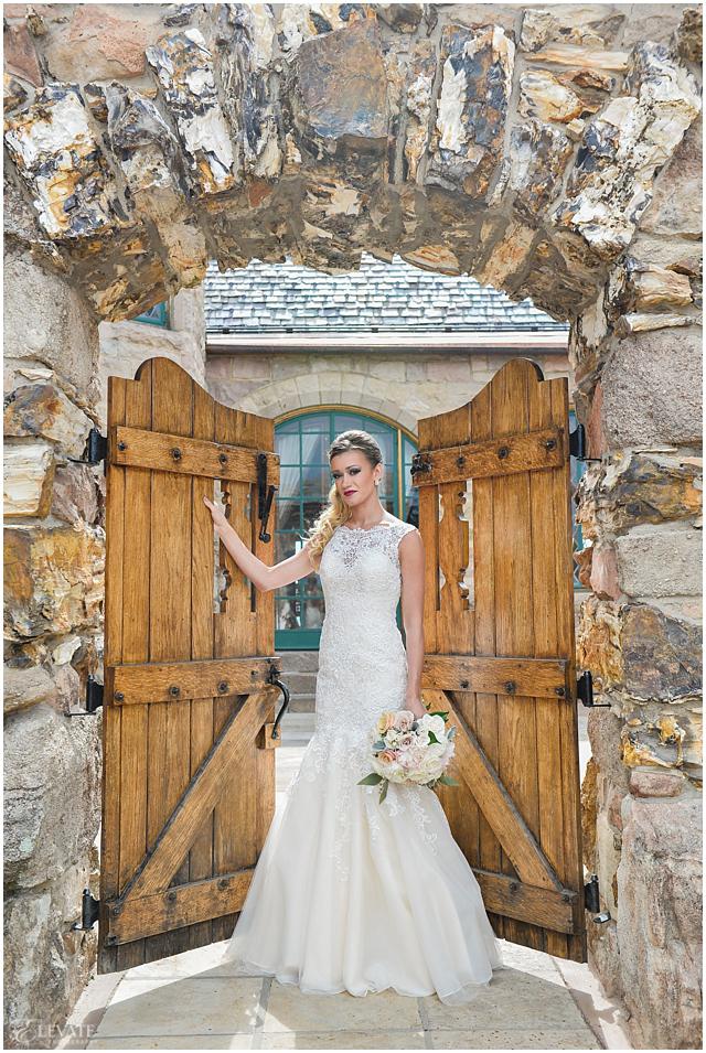 Cherokee Ranch And Castle Wedding Photos 0003