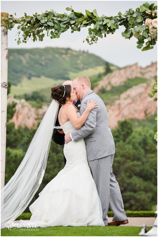arrowhead-golf-club-wedding-photos-034