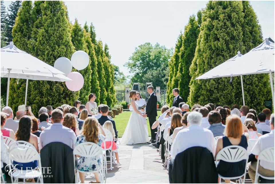 Sara Jean Denver Botanic Gardens Wedding Photos Denver Wedding Photographers Elevate
