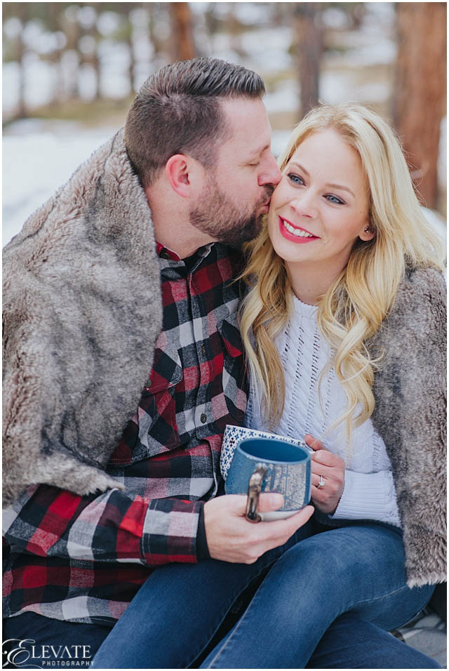 maria-and-keith-engagement-photos-winter_0018