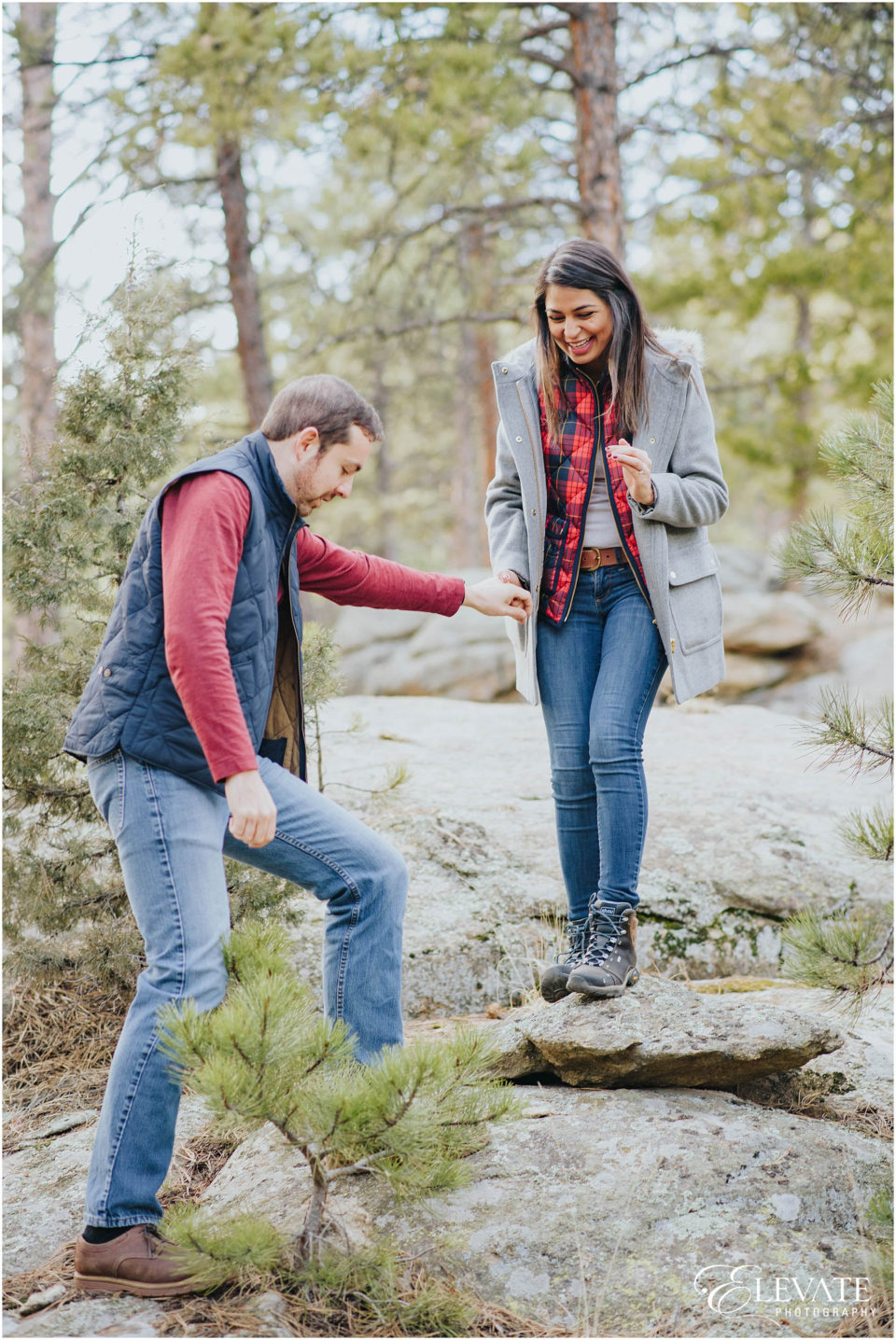 evergreen-engagement-session-winter_0008