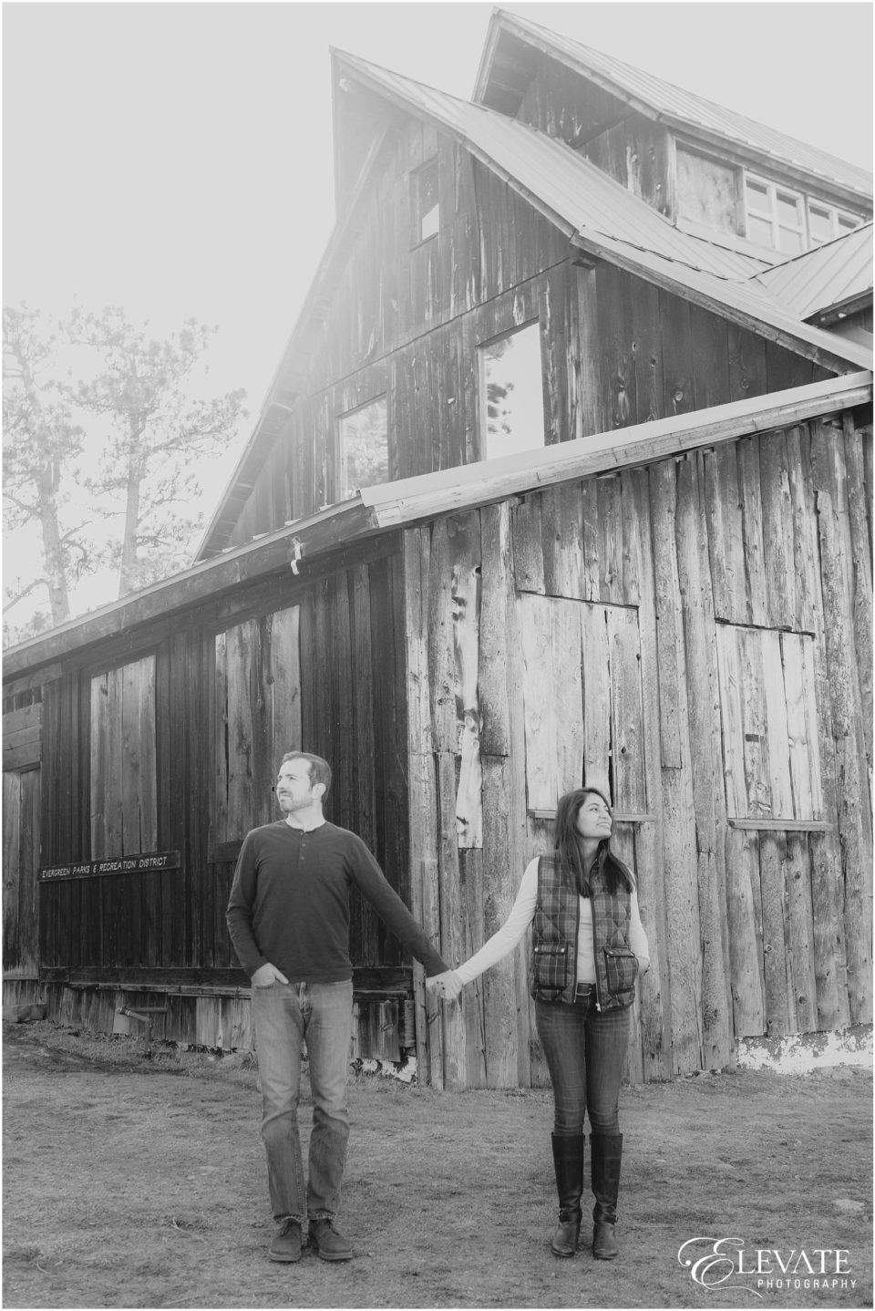 evergreen-engagement-session-winter_0011